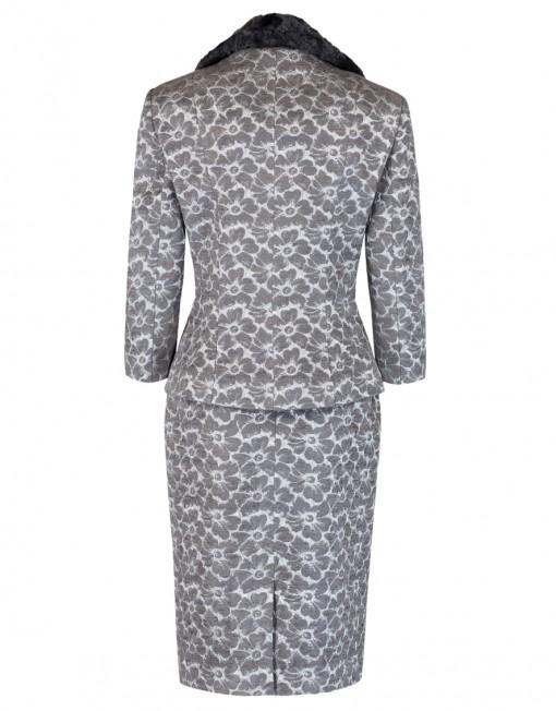 jacquard suit back detail